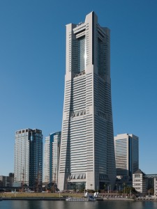 Yokohama-Landmark-Tower-00